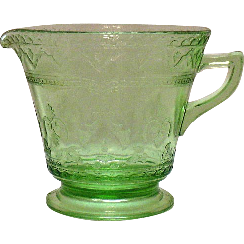 Vintage Federal Glass Depression glass Green Creamer Patrician Pattern 1933-37 Very Good Condition