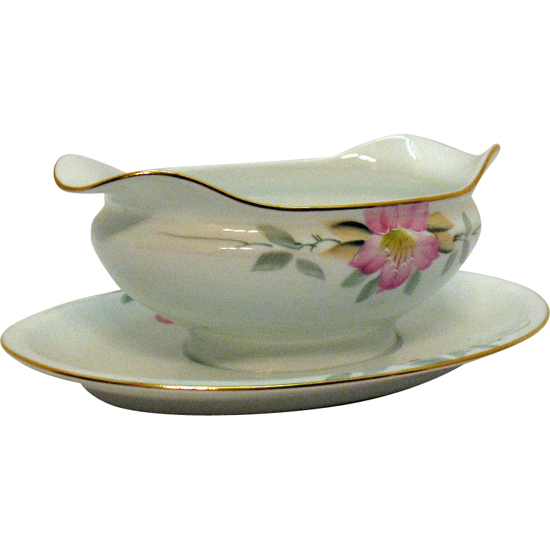 Vintage Noritake Porcelain Gravy Boat with Attached Under plate in the Azalea Pattern #19322 Very Good Condition