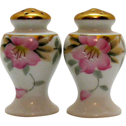 Vintage Noritake Bulbous S & P Shakers Azalea Pattern #19322 Very Good Condition