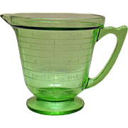 Vintage T & S Handimaid Two Cup/Pint Green Depression glass Measuring Pitcher Very Good Condition