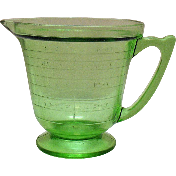 Vintage T and S Handimaid Two Cup Pint Green Depression Glass Measuring Pitcher Very Good Condition