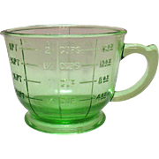 Vintage Two Cup Green Measuring & Mixing cup Very Good Condition