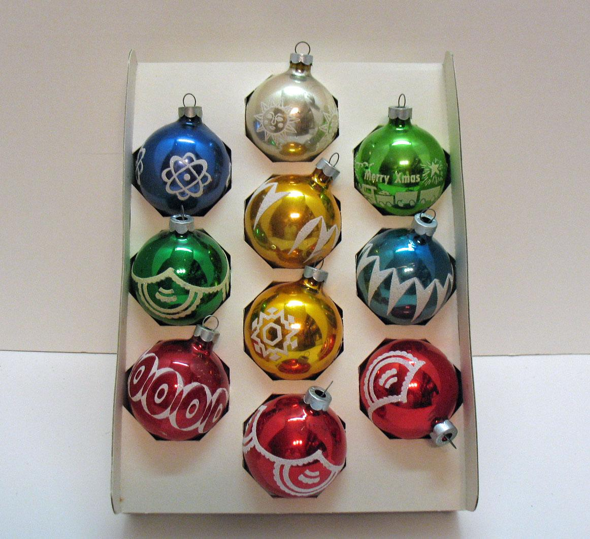 (10) Vintage Christmas Tree Glass Ornaments By Noelle USA