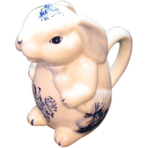 Vintage Ceramic Delft Rabbit Figurine Creamer 1960s Very Good Condition