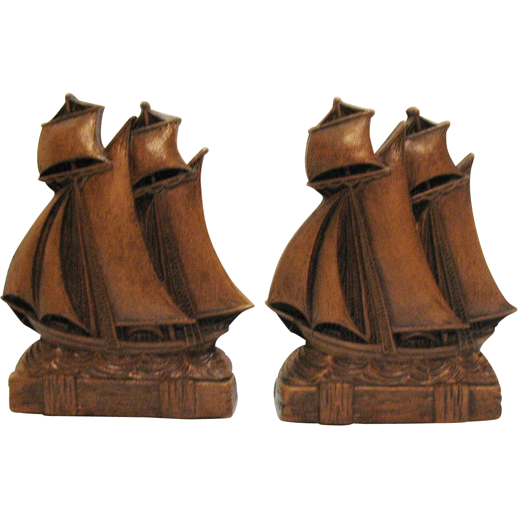 Vintage Syroco Ship Bookends 1930-40s Wood Resin Material Very Good Condition