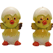Vintage Baby Chicks Hatching From Eggs Salt/Pepper Shakers 1960-70s Good Condition