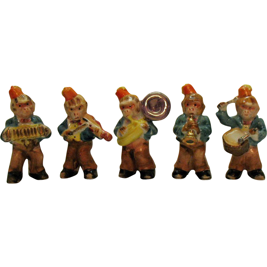Vintage 5 Piece Ceramic Monkey Band 1930s Wearing Masonic Shriners Fez hats Good Condition