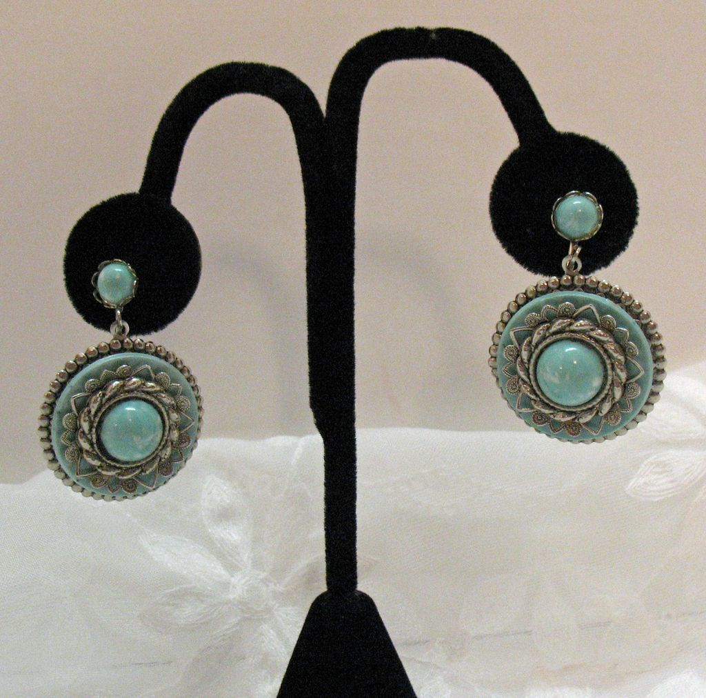 50% OFF Vintage Faux Turquoise Dangle Earrings Screw Back UNWORN