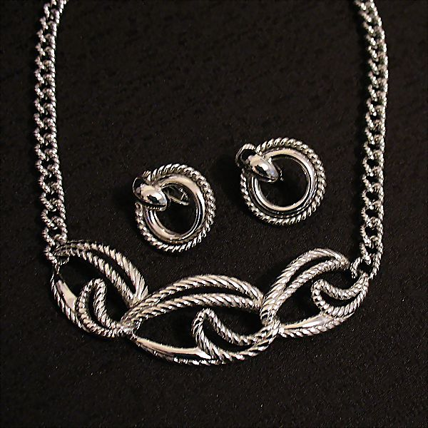 50% OFF Vintage Signed Trifari Rhodium Necklace Earrings Set