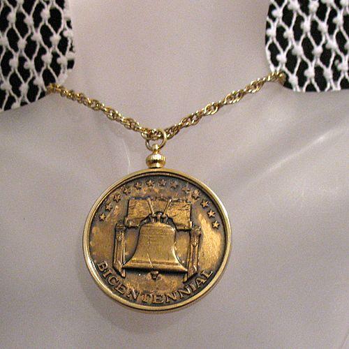 50% OFF~Vintage 1976 Bicentennial Commemorative Necklace Embossed Bronze Medallion