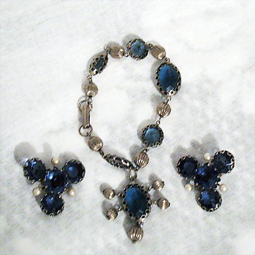 50% OFF~Magnificent HUGE Glass Sapphire Stones Charm Bracelet Earrings Set