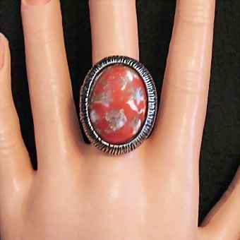Awesome Vintage Unsigned Florenza Glass Stone Statement Ring
