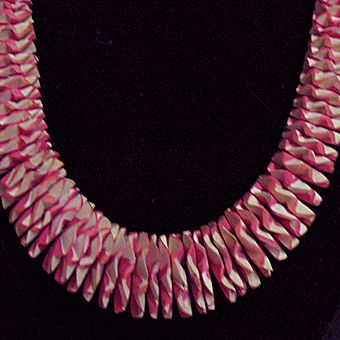 50% OFF~Unusual Vintage Wood Beaded Pink Necklace