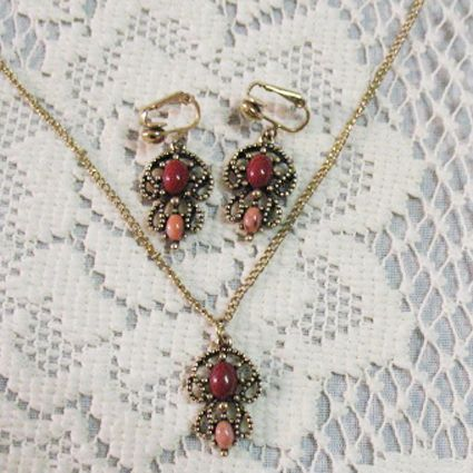 50% OFF~Signed Avon Castilian Collection Necklace Earrings Set~MINT