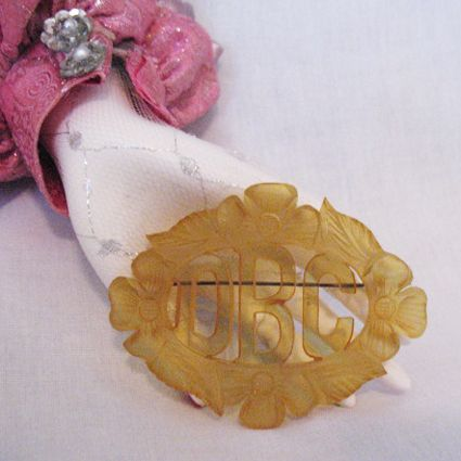 50% OFF~Hard to Find Vintage Applejuice Bakelite Art Deco Initial Brooch