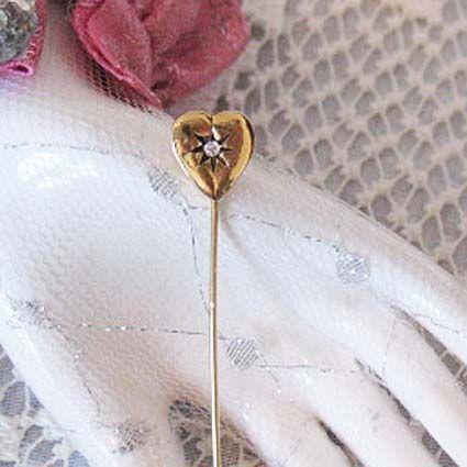 50% OFF Beautiful Vintage Rhinestone Heart Floral Stick Pin
