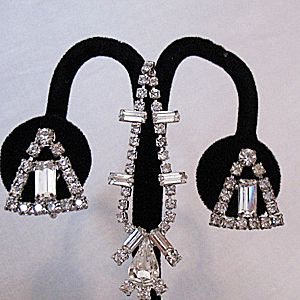 Dazzling Vintage Signed Weiss Rhinestone Necklace Earrings Set