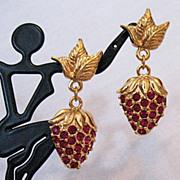 Radiant Signed Avon Strawberry Sparkle Vintage Pierced Earrings