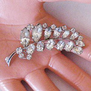 Signed Sparkling Austrian  Rhinestone Vintage  Brooch/Pin