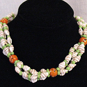 50% OFF~Unusual Vintage Sea Shell Necklace Blown Glass Jadeite Beads