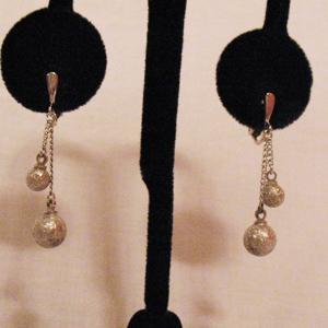 Vintage Signed Crown Trifari Silver Beaded Dangle Earrings