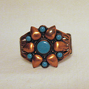 Signed Bell Trading Company Native American Indian Vintage Copper Turquoise Cuff Bracelet