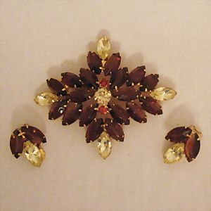 Vintage High End Designed Rhinestone Brooch Earring Set