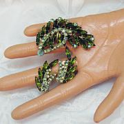 50% OFF Amazing Vintage Emerald Rhinestone Brooch Earrings Set