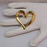 Asymmetrical Vintage Golden Heart Brooch!~BOLD