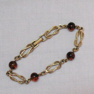Vintage Interlocking Avon Swirl Amber Art Glass Bracelet