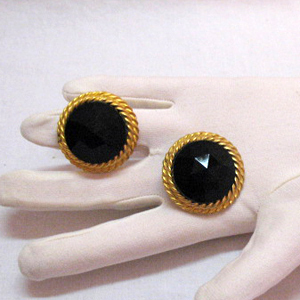 50% OFF Chic Vintage Signed Blair Delmonico Black Glass Earrings