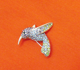Gorgeous Vintage Signed Monet Pava Rhinestone Humming Bird Brooch