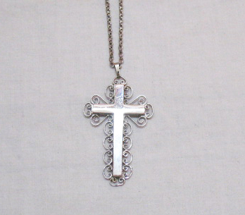 Vintage Signed Whiting Davis Silver Two Sided Cross Necklace