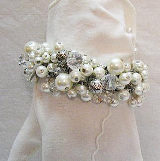 Fun Vintage Cha Cha Silvertone Expansion Bracelet