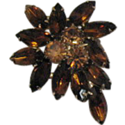 Signed Weiss Vintage Root Beer Rhinestone Brooch