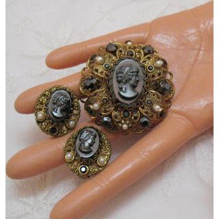 Gorgeous Vintage Hematite W Germany Cameo Brooch Earrings Set