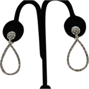 Wonderful Tear Drop Dangle Clip Earrings~32 Rhinestones!