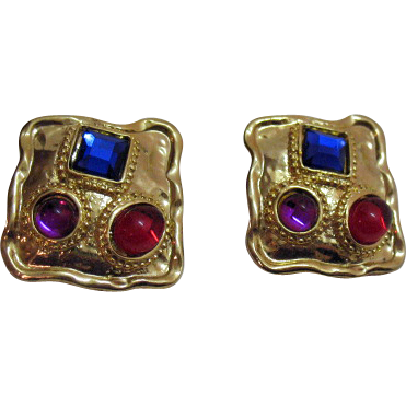 Vintage Poured Glass Rhinestone Clip Earrings