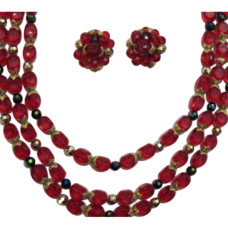 50% OFF Stunning Vintage Red Lucite Peacock Necklace Earrings Set