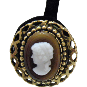 50% Off Bold Vintage Butterscotch Cameo Clip Earrings