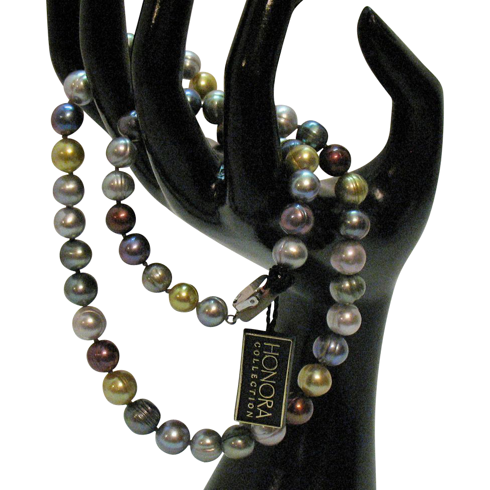 Amazing Honora Signature Collection Vintage Fresh Water Cultured Ringed Pearl Necklace