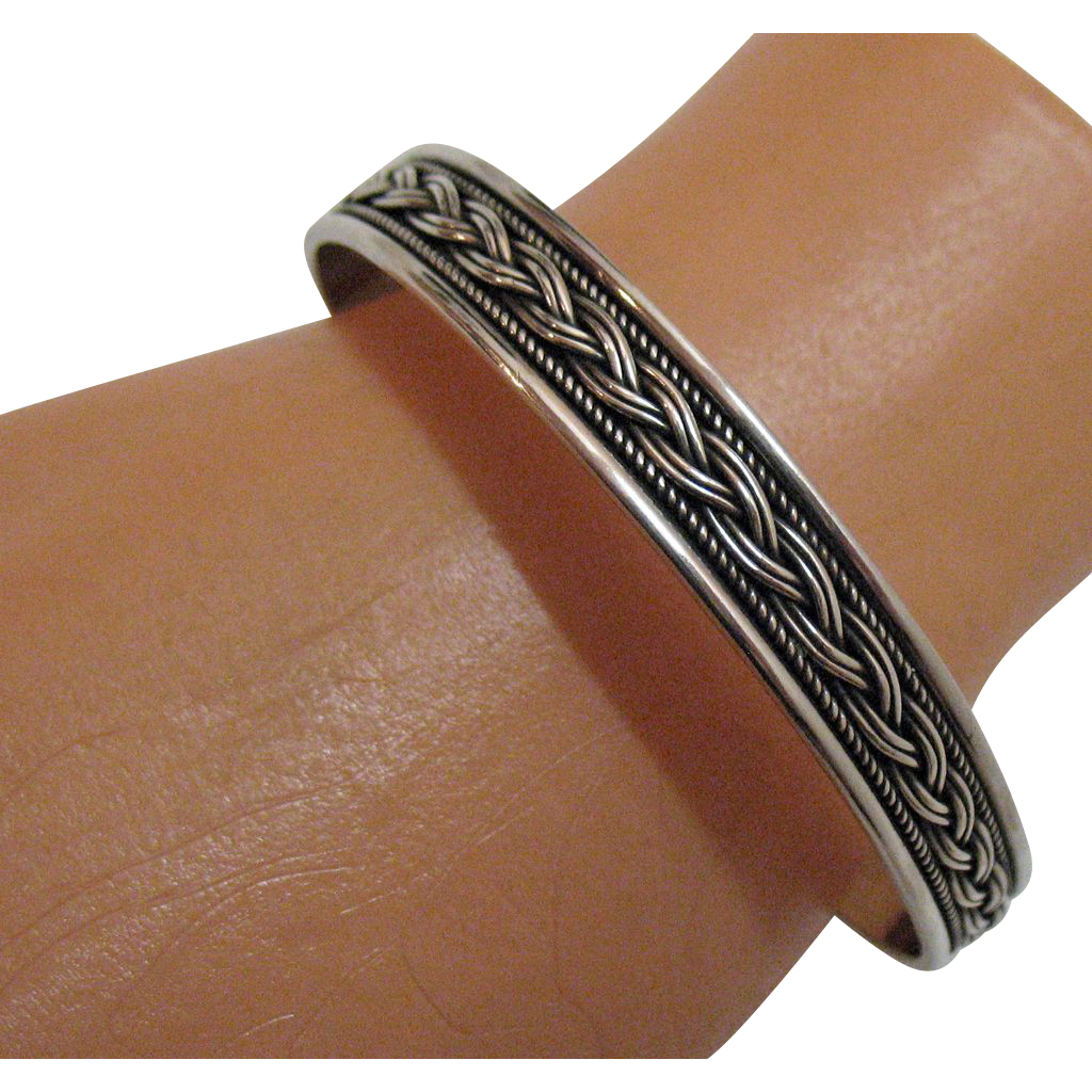 Gorgeous Vintage Sterling Silver Cuff Bracelet