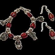 Really Cute Vintage Art Glass Christmas Charm Bracelet Pierced Earrings Set