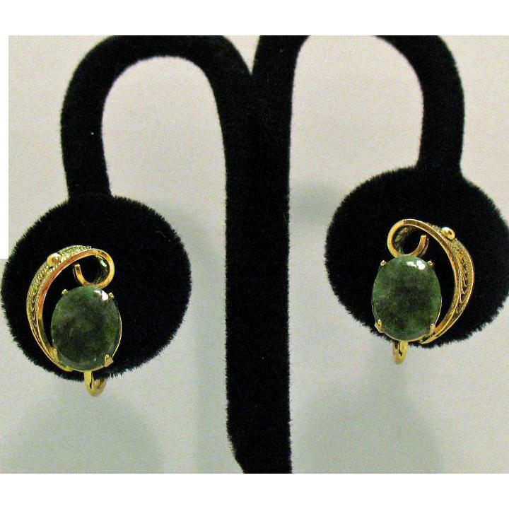 Beautiful Vintage Signed Sorrento 12KGF Jade Earrings Screw Back