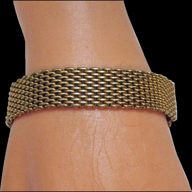 50% Off Gorgeous Vintage Mesh Gold Tone Bracelet