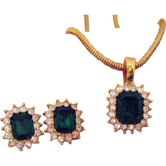 Unusual Vintage Signed Roman Emerald Green Rhinestone Enhancer Necklace Pierced Earrings Set