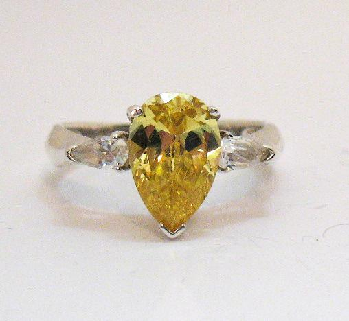 Rare Avon Of Belleville Vintage Ring Simulated Canary