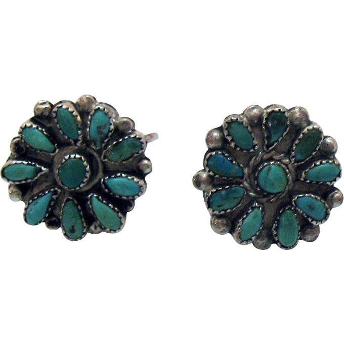 Pretty Sterling Silver Vintage American Indian Petit Point Turquoise Screw Back Earrings