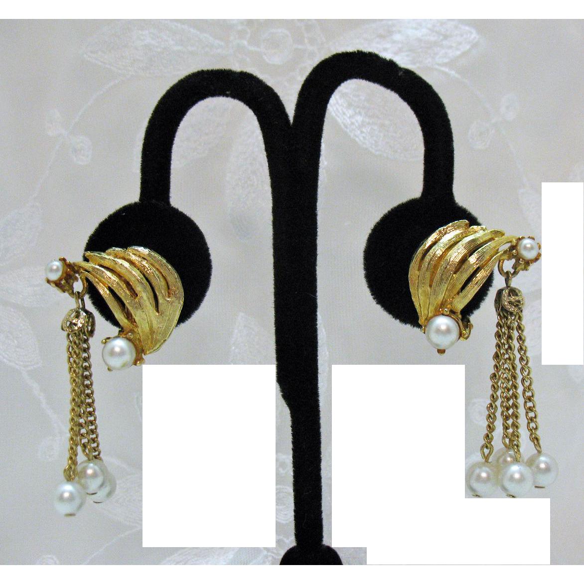 Unusual Mid Century Modern Vintage Tassel Faux Pearl Clip Earrings