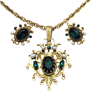 Vintage Signed Corocraft Emerald Green Rhinestones Necklace Earrings Set Faux Pearl Accents